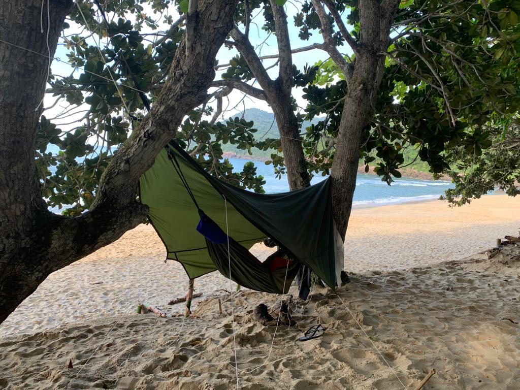 Foto de rede na praia do sono.